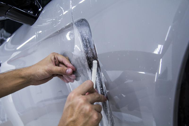 Защита зоны риска Porsche Panamera пленкой DYNOshield