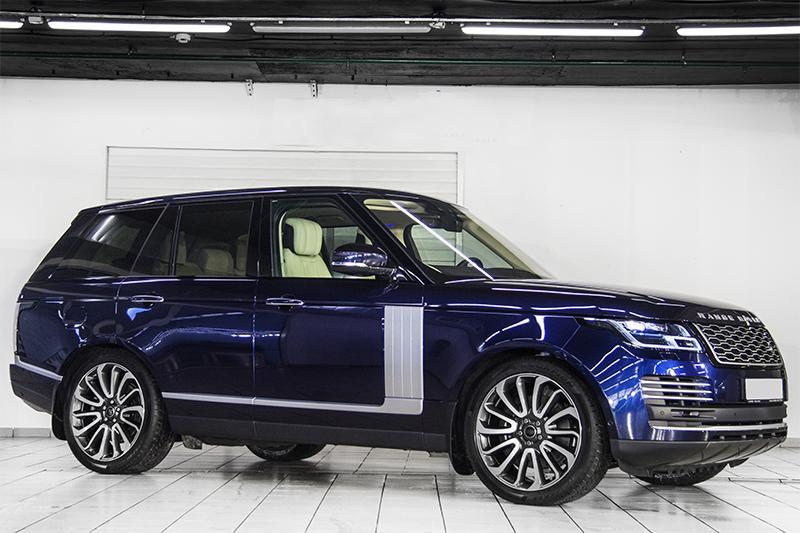 Защита автомобиля Range Rover Vogue SE антигравийной пленкой STEK DYNOshield